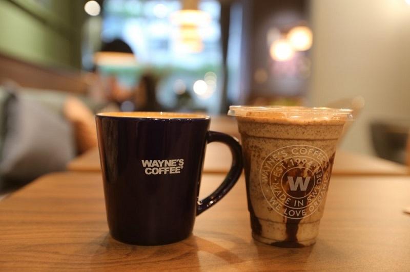 Wayne's Coffee hiện có trên 140 cửa hàng trên toàn thế giới.