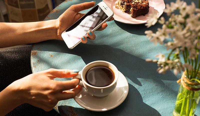 Uống cà phê trước khi chạy bộ NÊN hay KHÔNG và vì sao?.