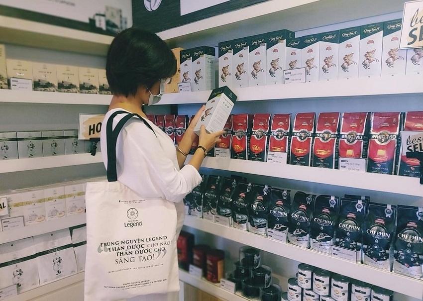 """Vì sao cà phê sáng tạo 8 Trung Nguyên """"cháy hàng"""" tại Huyền Thoại Việt?"""